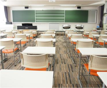 滋慶学園高等学校 音楽室