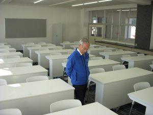 滋慶学園高等学校 PCROOM