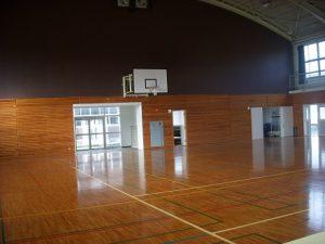 滋慶学園高等学校 体育館