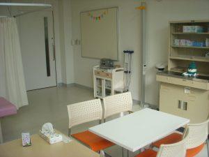 滋慶学園高等学校 保健室